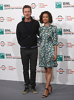"L'attore e regista statunitense Edward Norton posa con l'attrice britannica Gugu Mbattha-Raw durante un photocall per la presentazione del suo film ""Motherless Brooklyn"" alla 14^ Festa del Cinema di Roma all'Aufditorium Parco della Musica di Roma, 17 ottobre 2019.<br /> U.S. actor and director Edward Norton poses with British actress Gugu Mbattha-Raw for a photocall to present the movie ""Motherless Brooklyn"" during the 14^ Rome Film Fest at Rome's Auditorium, on 17 october 2019.<br /> UPDATE IMAGES PRESS/Isabella Bonotto"