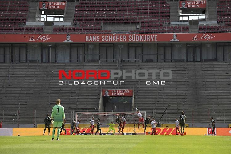 nph00351: allgemeine Spielszene vor Geisterkulisse.<br /> Leeres Stadion,leere Raenge.<br /> Sport: Fussball: 1. Bundesliga: Saison 19/20: 26.Spieltag: 1.FC KOELN-FSV MAINZ 05,17.05.2020.<br /> Foto: Anke Waelischmiller/SVEN SIMON/POOL / via Meuter/nordphoto<br /> <br /> Nur für journalistische Zwecke! Only for editorial use!<br /> Gemäß den Vorgaben der DFL Deutsche Fußball Liga ist es untersagt, in dem Stadion und/oder vom Spiel angefertigte Fotoaufnahmen in Form von Sequenzbildern und/oder videoähnlichen Fotostrecken zu verwerten bzw. verwerten zu lassen. DFL regulations prohibit any use of photographs as image sequences and/or quasi-video.