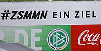 Banner am Trainingsplatz des Sportzentrum Rungg in Eppan. Dort ist die Heimat des FC Südtirol und bildet das Trainingszentrum der Deutschen Nationalmannschaft während der WM-Vorbereitung. - 18.05.2018: Trainingslager der Deutschen Nationalmannschaft zur WM-Vorbereitung in Eppan/Südtirol