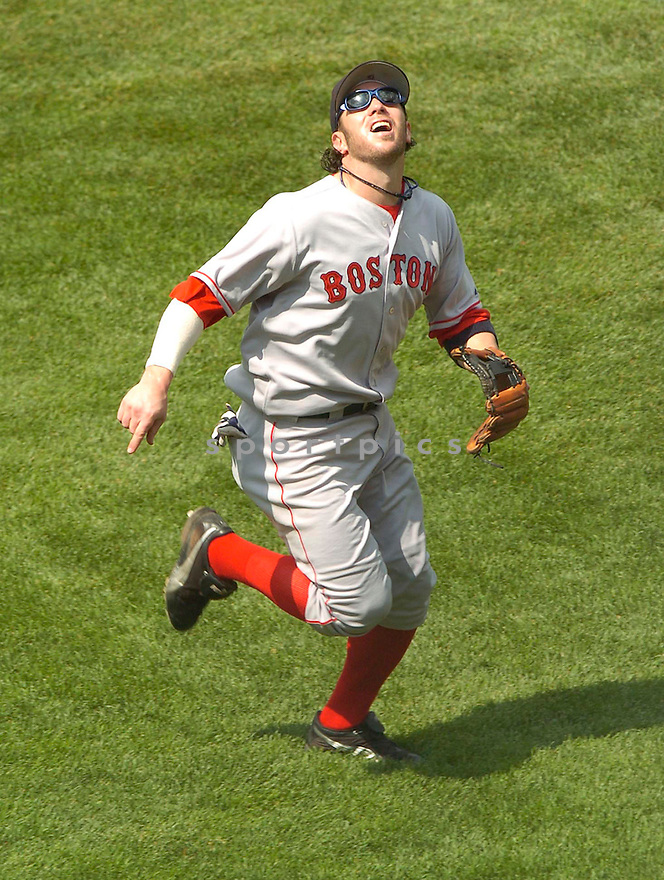 Mark Bellhorn of the Boston Red Sox in action against the Chicago Cubs. ....Boston Red Sox lost 6-7.....David Durochik / SportPics..