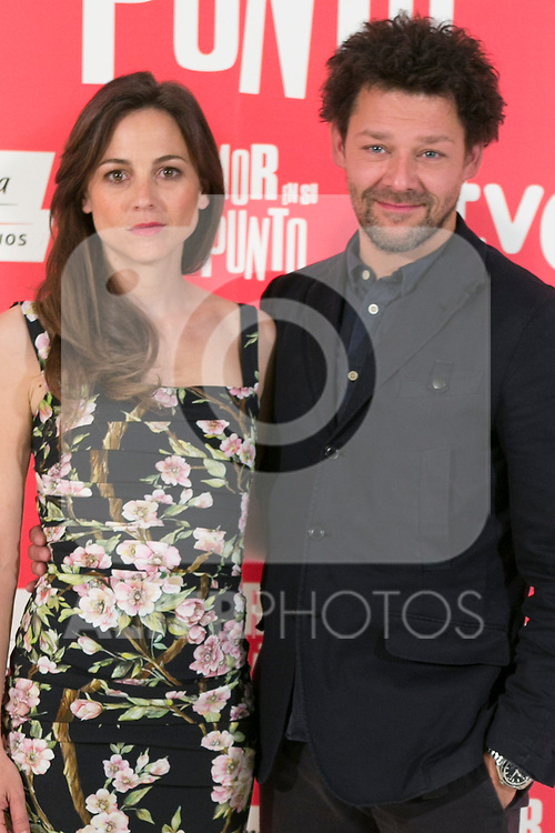 """The actors Leonor Watling (Left) and Richard Coyle (Right) attend the photocall at the presentation of the movie """"The Food Guide to Love (Amor En Su Punto)"""" at Kitchen Club in Madrid, Spain. May 05, 2014. (ALTERPHOTOS/Carlos Dafonte)"""
