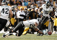 PITTSBURGH, PA - OCTOBER 16:  Dwight Lowery #25 of the Jacksonville Jaguars just misses intercepting a pass against the Pittsburgh Steelers during the game on October 16, 2011 at Heinz Field in Pittsburgh, Pennsylvania.  (Photo by Jared Wickerham/Getty Images)