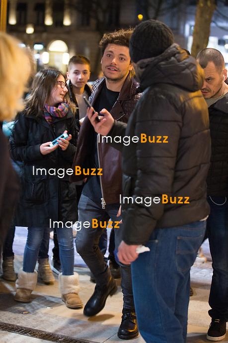 EXCLUSIF - NO WEB, NO BLOG - <br /> Kev Adams et le r&eacute;alisateur Edouard Pluvieux lors de l'avant-Premi&egrave;re du film &quot; Amis publics &quot; &agrave; l'UGC Toison d'Or &agrave; Bruxelles.<br /> Belgique, Bruxelles, 18 f&eacute;vrier 2016<br /> EXCLUSIVE - NO WEB, NO BLOG - French actor Kev Adams &amp; director Edouard Pluvieux attend the movie premiere of &quot; Amis Publics ' at the UGC Toison d'Or in Brussels.<br /> Belgium, Brussels, 18 February 2016