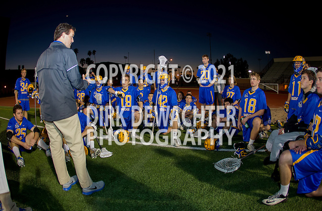 Los Angeles, CA 02/01/14 - UCSB Head Coach Mike Allan addresses the Gauchos at half time.