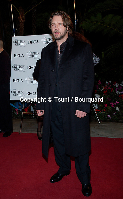 Russell Crowe arriving at the 7th Broadcast Film Critics Ass. Awards at the Beverly Hills Hotel in Los Angeles.  January 11, 2002.CroweRussell03.JPG