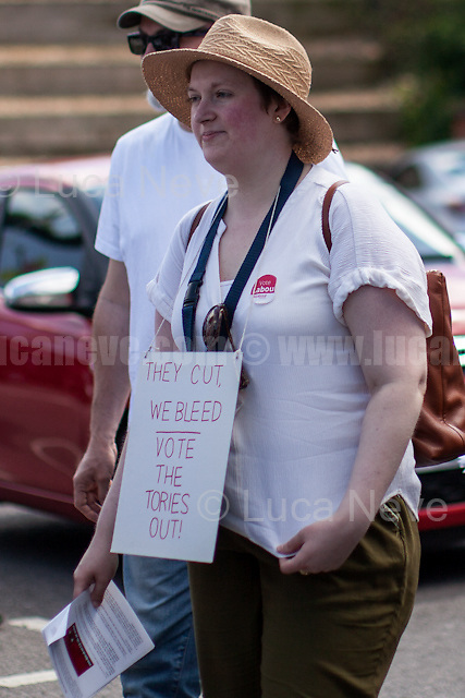 Maidenhead, 03/06/2017. Today, Disabled People Against Cuts (DPAC) held a demo in Maidenhead, Prime Minister Theresa May's constituency. The aim of the protest was to highlight the 'treatment' dedicated to disabled people from the Coalition Government (Conservative and Liberal Democrats, 2010 - 2015), then the David Cameron's Conservative Government (without the LibDem, 2015 - 2016) and finally the actual Conservative Government led by the former Secretary of State Theresa May. From the organiser website: &lt;&lt;[&hellip;] DPAC will take its message #TrashTheTories to the heart of Theresa May's constituency to highlight the horrors that disabled people have faced on a daily basis since they came to power in 2010. The UN has found the UK government guilty of the grave and systematic violation of disabled people's human rights and we will be making it clear that enough is enough, to the voters of Maidenhead. The Tories have heartlessly attacked disabled people with their vicious anti-austerity cuts which have hit disabled people 9 times more than any other group and those with the highest support needs 19 times more. In all the years we have been campaigning, it has never felt so desperately important to get the public to understand; Tory policies are starving, isolating and ultimately killing us [&hellip;]&gt;&gt;. The demo ended with a peaceful outside Maidenhead train station.<br />