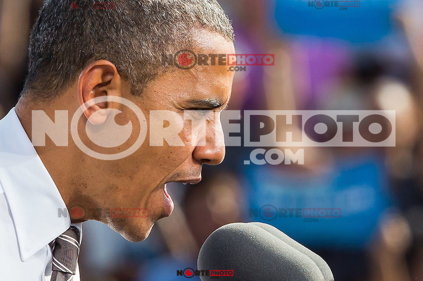 LAS VEGAS, NV - November 1: President Barack Obama pictured at Eva Longoria & Barack Obama Grassroots Rally on November 1, 2012 in Las Vegas, Nevada.  Photo by: Kabik/Starlitepics/MediaPunch Inc. /NortePhoto
