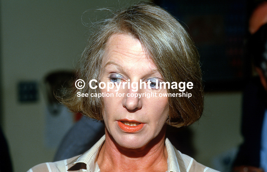Sally Hewat, N Ireland manager, British Airways, 19850612SH2..Copyright Image from Victor Patterson, 54 Dorchester Park, Belfast, UK, BT9 6RJ..Tel: +44 28 9066 1296.Mob: +44 7802 353836.Voicemail +44 20 8816 7153.Skype: victorpattersonbelfast.Email: victorpatterson@me.com.Email: victorpatterson@ireland.com (back-up)..IMPORTANT: If you wish to use this image or any other of my images please go to www.victorpatterson.com and click on the Terms & Conditions. Then contact me by email or phone with the reference number(s) of the image(s) concerned.