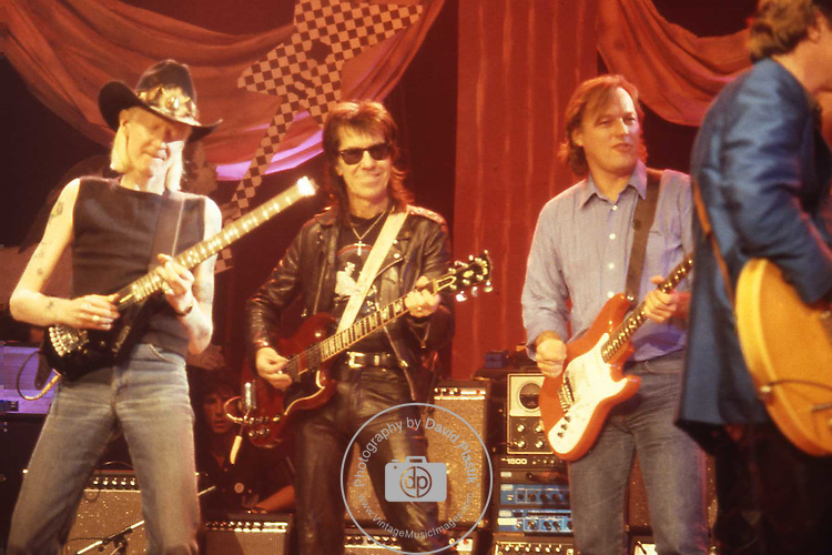 Johnny Winter, Link Wray, David Gilmour