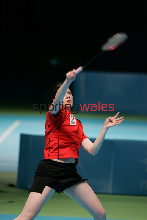Kelly Morgan(Wales) v Lisa Lynas (N Ireland).Commonwealth Games Badminton.Melbourne Exhibition Centre.Melbourne.22.03.06.©Steve Pope.Steve Pope Photography.The Manor .Coldra Woods.Newport.South Wales.NP18 1HQ.07798 830089.01633 410450.steve@sportingwales.com.