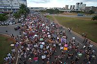 """BRASILIA, DF, 26 MAIO 2012 - MARCHA DAS VADIAS BRASILIA DF - Manifestantes durante a Marcha das Vadias na região central de Brasília, neste sábado. A manifestação é inspirada no movimento mundial intitulado """"Slut Walk"""", criado em abril do ano passado, após um oficial da polícia de Toronto, no Canadá, dizer que, para evitar estupros, as mulheres deveriam deixar de se """"vestir como vadias"""". (FOTO: PEDRO FRANCA / BRAZIL PHOTO PRESS)."""