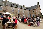 """20080724 - France - Bretagne - Camlez<br />LE """"COUVENT ALTERNATIF"""" A CAMLEZ (22).<br />Ref : COUVENT_ALTERNATIF_004.jpg - © Philippe Noisette."""
