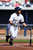Charlotte Stone Crabs second baseman Kean Wong (4) at bat during a game against the Daytona Tortugas on April 14, 2015 at Charlotte Sports Park in Port Charlotte, Florida.  Charlotte defeated Daytona 2-0.  (Mike Janes/Four Seam Images)