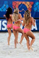 RAVENNA, ITALIA, 10 DE SETEMBRO 2011 - MUNDIAL BEACH SOCCER / BRASIL X PORTUGAL -  Dançarinas se apresenta durante o intervalo da partida entre Brasil x POrtugal, válida pelas válida pela semi-final da Copa do Mundo de Beach Soccer no Estádio Del Mare, em Ravenna, Itália neste sábado (10).FOTO: VANESSA CARVALHO - NEWS FREE.