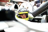 SINGAPURA, SINGAPURA, 21 SETEMBRO 2012 - FORMULA 1 - GP DE SINGAPURA - O piloto alemao Nico Rosberg da equipe Mercedes GP durante treino livre nesta sexta-feira, 21, para o GP de Singapura que acontecera no proximo domingo. (FOTO: PIXATHLON / BRAZIL PHOTO PRESS).