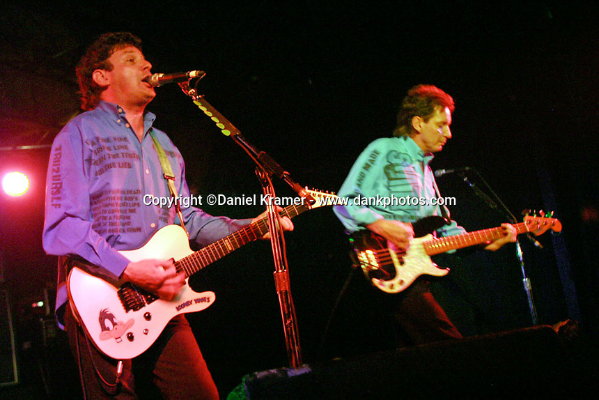 Jake Burns and Bruce Foxton perform with Stiff Little Fingers at the Engine Room in Houston, 2004.