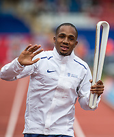 Chijindu UJAH of GBR carries the Commonwealth baton around the track during the Muller Grand Prix Birmingham Athletics at Alexandra Stadium, Birmingham, England on 20 August 2017. Photo by Andy Rowland.