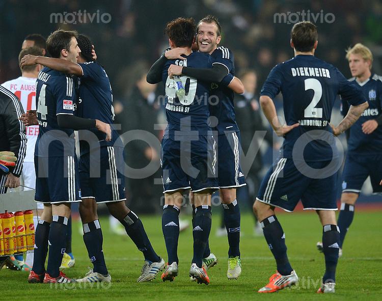 FUSSBALL   1. BUNDESLIGA  SAISON 2012/2013   9. Spieltag FC Augsburg - Hamburger SV           26.10.2012 Heung Min Son und Rafael van der Vaart und Dennis Diekmeier  (v. li., Hamburger SV)