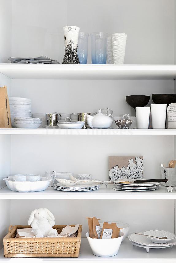 white wallshelves