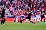 Saul Niguez of Atletico de Madrid (L) in action against Gonzalo Escalante of SD Eibar (R) during the La Liga match between Atletico Madrid and Eibar at Wanda Metropolitano Stadium on May 20, 2018 in Madrid, Spain. Photo by Diego Souto / Power Sport Images