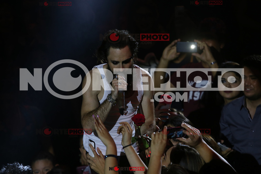 The Mexican rock band Moderatto the glam metal genre, gave a concert of his music in the circle of the arena of Livestock Expo Sonora early May 6, 2015 <br />
