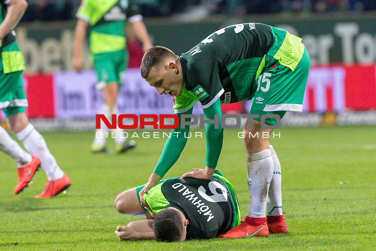 10.02.2019, Weser Stadion, Bremen, GER, 1.FBL, Werder Bremen vs FC Augsburg, <br /> <br /> DFL REGULATIONS PROHIBIT ANY USE OF PHOTOGRAPHS AS IMAGE SEQUENCES AND/OR QUASI-VIDEO.<br /> <br />  im Bild<br /> Kevin M&ouml;hwald / Moehwald (Werder Bremen #06) Verletzung / verletzt / Schmerzen<br /> Maximilian Eggestein (Werder Bremen #35)<br /> <br /> <br /> Foto &copy; nordphoto / Kokenge