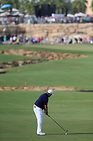 Shane Lowry (IRL) on the 18th fairway during the 2nd round of the DP World Tour Championship, Jumeirah Golf Estates, Dubai, United Arab Emirates. 16/11/2018<br /> Picture: Golffile | Fran Caffrey<br /> <br /> <br /> All photo usage must carry mandatory copyright credit (© Golffile | Fran Caffrey)