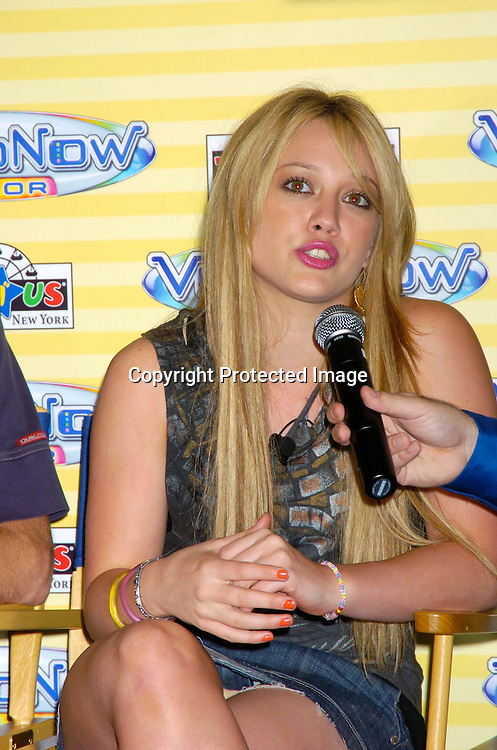 Hilary Duff ..at the launch of VIDEONOW COLOR on July 15, 2004 at Toys R Us Times Square in New York City. ..Photo by Robin Platzer, Twin Images