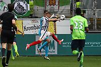 Ante Rebic (Eintracht Frankfurt) gegen Torwart Koen Casteels (VfL Wolfsburg) - 06.05.2017: Eintracht Frankfurt vs. VfL Wolfsburg, Commerzbank Arena, 32. Spieltag