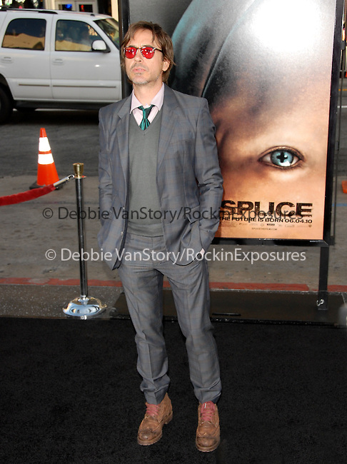 Robert Downey Jr. at the Warner Bros Pictures' L.A. Premiere of SPLICE held at The Grauman's Chinese Theatre in Hollywood, California on June 02,2010                                                                               © 2010 Debbie VanStory / Hollywood Press Agency