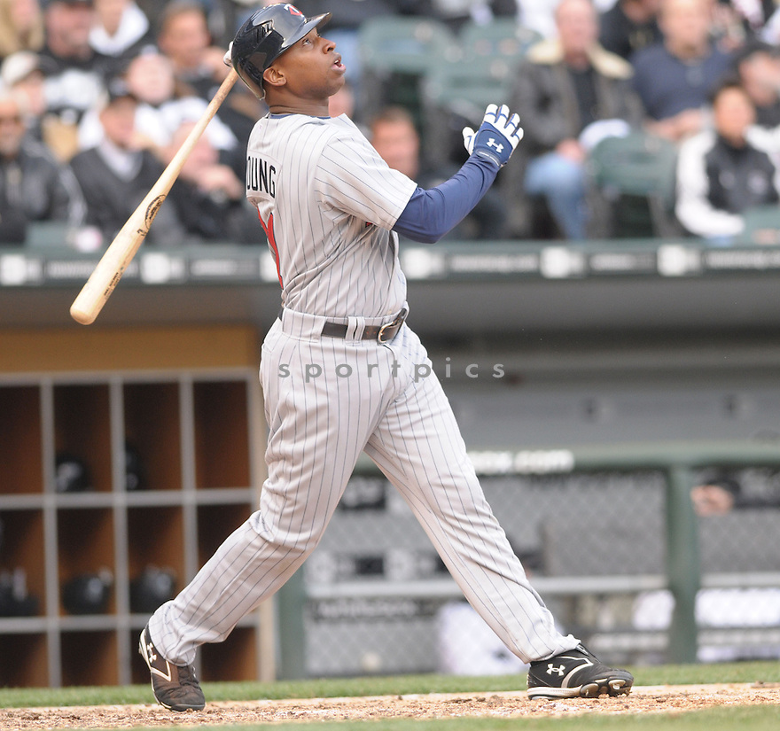 DELMON YOUNG, of the  Minnesota Twins in action  during the Twins game against the Chicago White Sox .  The White Sox beat the Twins 7-4 in Chicago, Illinois on April 7, 2008...David Durochik