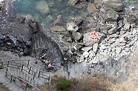 Una spiaggia nei pressi di Manarola, sotto il sentiero che conduce a Coniglia, alle Cinque Terre.<br /> Beach near Manarola, under the trail to Corniglia, at the Cinque Terre.<br /> UPDATE IMAGES PRESS/Riccardo De Luca