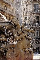Europe/France/Rhône-Alpes/69/Rhône/Lyon: La fontaine de la Place des Jacobins