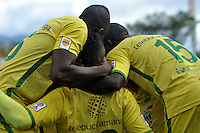 BOGOTA - COLOMBIA – 06-12-2015: Los jugadores de Atletico Bucaramanga, celebran el gol anotado a Fortaleza FC, durante partido de ida de la final del Torneo Aguila II entre Fortaleza FC y Atletico Bucaramanga, jugado en el estadio Metropolitano de Techo de la ciudad de Bogota. / The players of Atletico Bucaramanga, celebrate a scored a goal to Fortaleza FC, during a match for the first leg for  the  final of the Torneo Aguila II between Fortaleza FC and Atletico Bucaramanga,  played at the Metropolitano de Techo stadium in Bogota. Photo: VizzorImage / Luis Ramirez / Staff.
