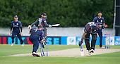 ICC World T20 Qualifier - GROUP B MATCH - SCOTLAND V UAE at Grange CC, Edinburgh - Scotland captain Preston Mommsen tries to run out UAE batsman Faizan Asif - the batsman survived! — credit @ICC/Donald MacLeod - 09.07.15 - 07702 319 738 -clanmacleod@btinternet.com - www.donald-macleod.com