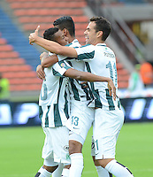 MEDELLÍN -COLOMBIA - 01-03-2015: Jugadores de Atlético Nacional celebran un gol anotado a Uniautónoma durante partido por la fecha 7 de la Liga Aguila I 2015 jugado en el estadio Atanasio Girardot de la ciudad de Medellín./ Players of Atletico Nacional celebrate a goal scored to Uniautonoma during the match for the  7th date of the Aguila League I 2015 at Atanasio Girardot stadium in Medellin city. Photo: VizzorImage/León Monsalve/STR