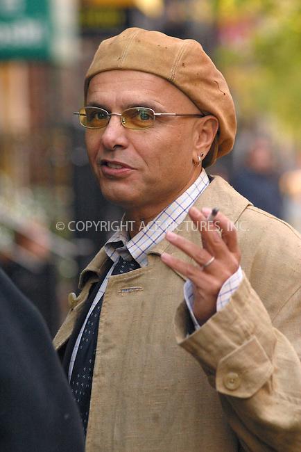 """Daredevil"" film set on West 46 Street in New York. Pictured  ..Joe Pantoliano. November 15, 2002. Please byline: Alecsey Boldeskul/NY Photo Press.   ..*PAY-PER-USE*      ....NY Photo Press:  ..phone (646) 267-6913;   ..e-mail: info@nyphotopress.com"