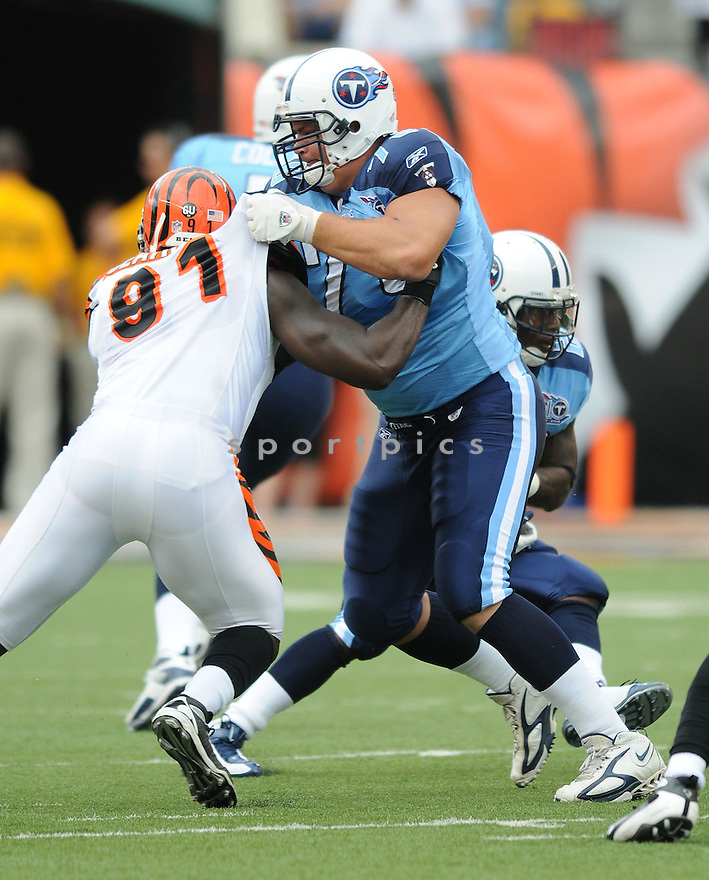 DAVID STEWART, of the Tennessee Titans , in action during the Titans game against the Cincinnati Bengals in Cincinnati , Ohio on September 15, 2008..The Tennessee Titans won 24-10