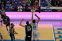 LEEUWARDEN - Basketbal, Donar - Estudiantes, Kalverdijkje, Champions League,  29-09-2017, Donar speler Drago Pasalic met Estudiantes  speler  Dario Brizuela