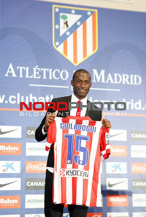 Josuha Guilavogui during the official presentation as an Atletico de Madrid¬¥s new football player in Vicente Calderon Stadium, Madrid. September 13, 2013. Foto © nph / Victor Blanco)