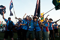 A group of Australian ISTs are warming up for the IST opening ceremony. Photo: Fredrik Sahlström/Scouterna