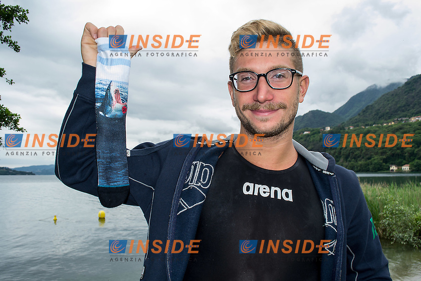 Simone Ruffini e le sue calze personalizzate <br /> Simone Ruffini Open Water 25km world champion in Kazan and his personalized socks<br /> Omegna, Lago D'Orta<br /> FIN 2016 Campionato Italiano Assoluto Nuoto di Fondo <br /> Day 02 11-06-2016<br /> Photo Laura Binda/Deepbluemedia/Insidefoto