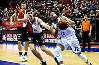 GRONINGEN - Basketbal, Donar - Feyenoord, Eredivisie, seizoen 2019-2020, 10-11-2019, Donar speler Carrington Love in duel met Coen Stolk