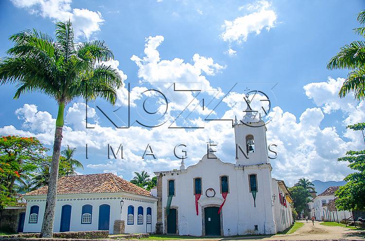 Igreja Nossa Senhora das Dores no centro histórico, Paraty - RJ, 01/2014.