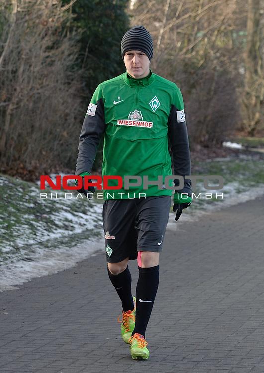 03.02.2014, Trainingsgelaende, Bremen, GER, 1.FBL, Training Werder Bremen, im Bild Felix Kroos (Bremen #18)<br /> <br /> Foto &copy; nordphoto / Frisch