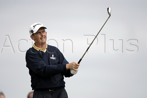 15 July 2005: Irish golfer Peter Lawrie (IRL) plays from the 16th Tee during the second round. Lawrie shot a 6 over par 78 to be 8 over par and miss the cut  in The Open Championship on The Old Course at St Andrews, Scotland. Photo: Glyn Kirk/Actionplus....050715 golf major british