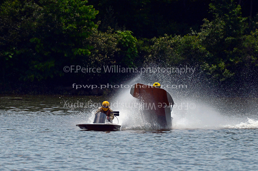 Frame 6: 40-M rides up the rooster tail of 20-M    (Outboard Hydroplane)