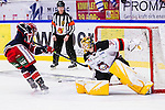 S&ouml;dert&auml;lje 2014-01-06 Ishockey Hockeyallsvenskan S&ouml;dert&auml;lje SK - Malm&ouml; Redhawks :  <br />  Malm&ouml; Redhawks m&aring;lvakt Robin Rahm r&auml;ddar den sista straffen f&ouml;r S&ouml;dert&auml;lje SK<br /> (Foto: Kenta J&ouml;nsson) Nyckelord: