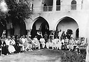 Iraq 1922.Kirkuk: in a mosque,meeting of personalities from Kirkuk and Suleimania  .Irak 1922 .Rencontre  dans une mosquee de Kirkouk  de personnalites dont des Kurdes