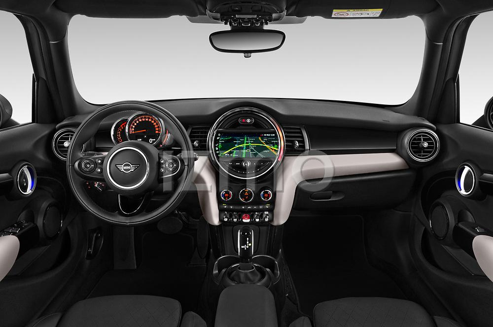 Stock photo of straight dashboard view of a 2018 Mini MINI Cooper S Chilli 5 Door Hatchback